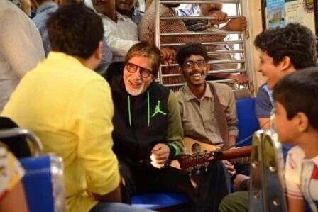 amitabh bachchan mumbai local train