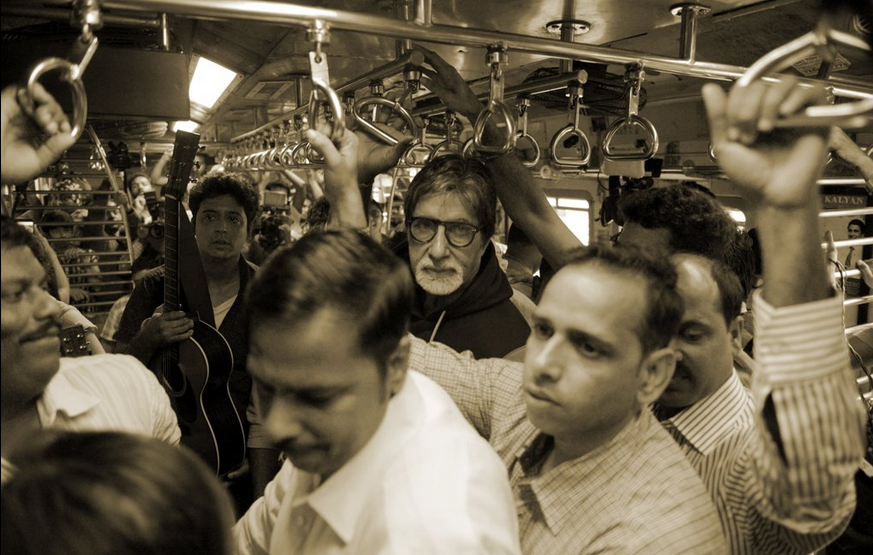 amitabh bachchan mumbai train local