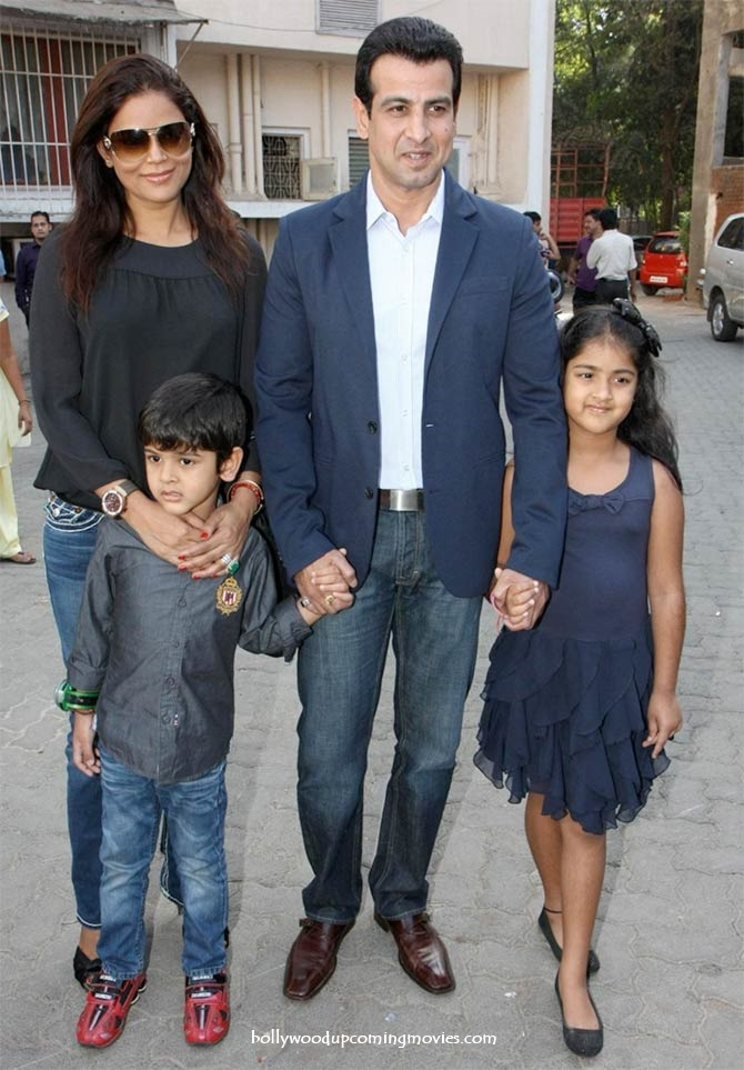 ronit roy wife neelam children
