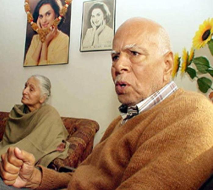 neerja bhanot father santosh